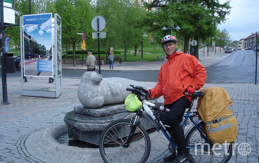 Пострадавшего  велосипедиста привезут домой его друзья. Фото все -  vk.com/alexander.norko