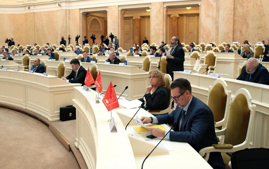 Депутаты предложили изменить порядок выборов губернатора Петербурга. Фото все - www.assembly.spb.ru