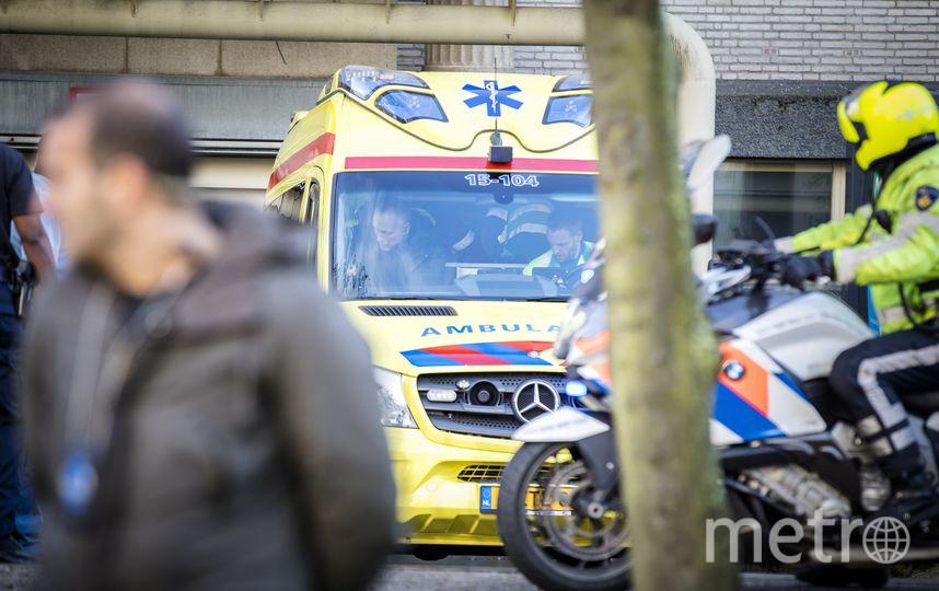 Машина скоро помощи увезла Праляка с заседания, но врачи не смогли его спасти. Фото AFP