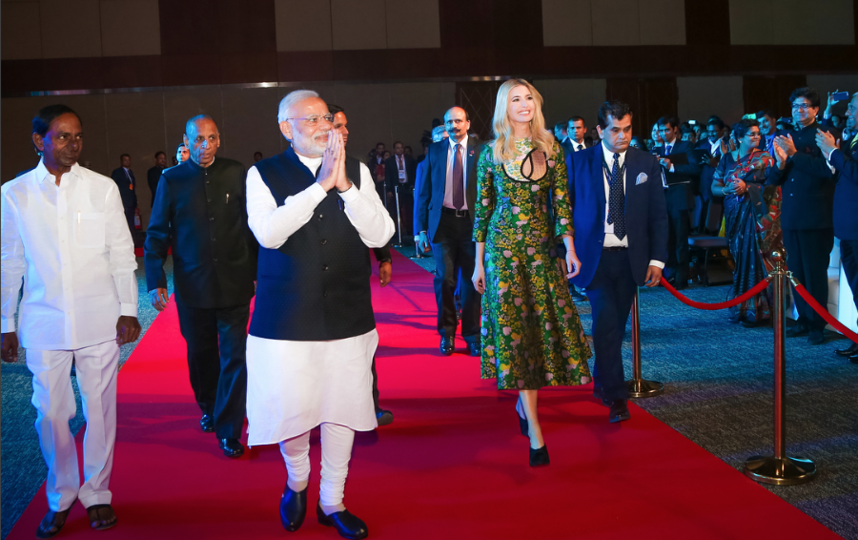 Иванка Трамп с премьер-министром Индии Нарендрой Моди. Фото instagram.com/ivankatrump
