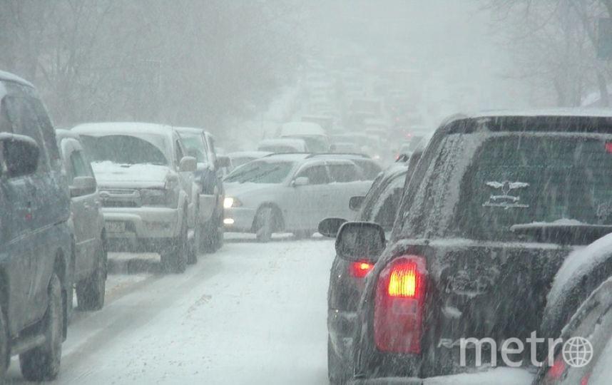 На дорогах пробки из-за снежных ДТП. Фото Getty