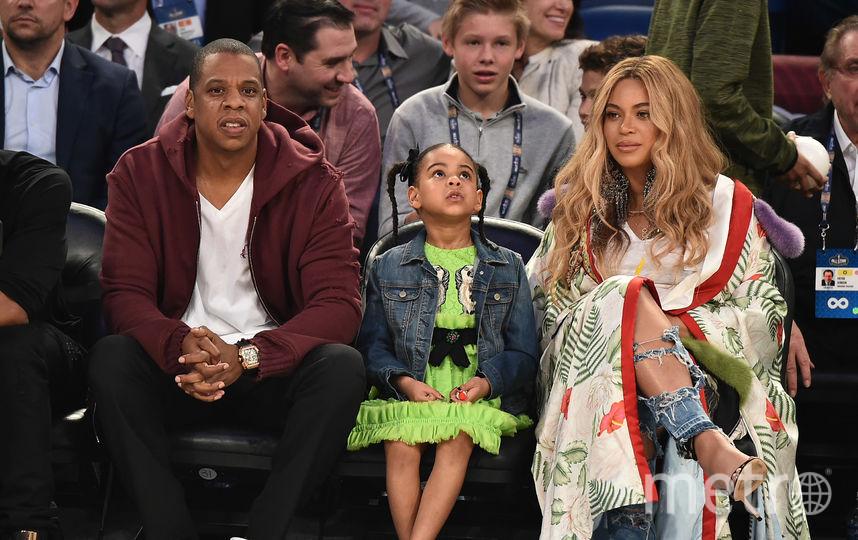 Jay-Z с Бейонсе и дочерью Блю Айви. Фото Getty