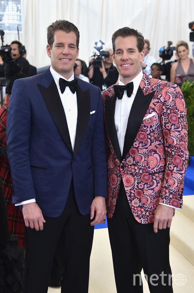 Братья-близнецы Кэмерон и Тейлор Уинклвоссы. Фото Getty