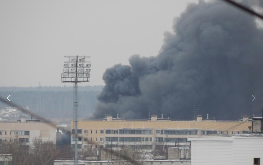 Пожар площадью 200 кв. мпроизошел ввадминистративном помещении вСерпухове
