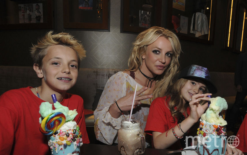 Бритни Спирс с детьми. Фото Getty