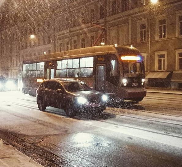 Заснеженный Санкт-Петербург. Фото Скриншот Instagram: @homan_sky
