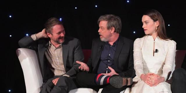 Встреча в Лос-Анджелесе. Режиссер, Марк Хэмилл и Дейзи Ридли.