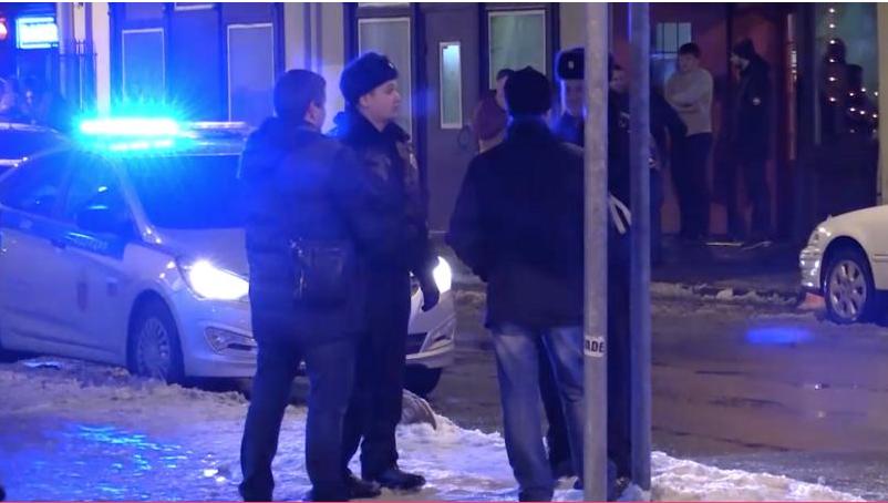 Петербургская полиция устроила зачистку на Думской. Фото Фото - www.78.ru