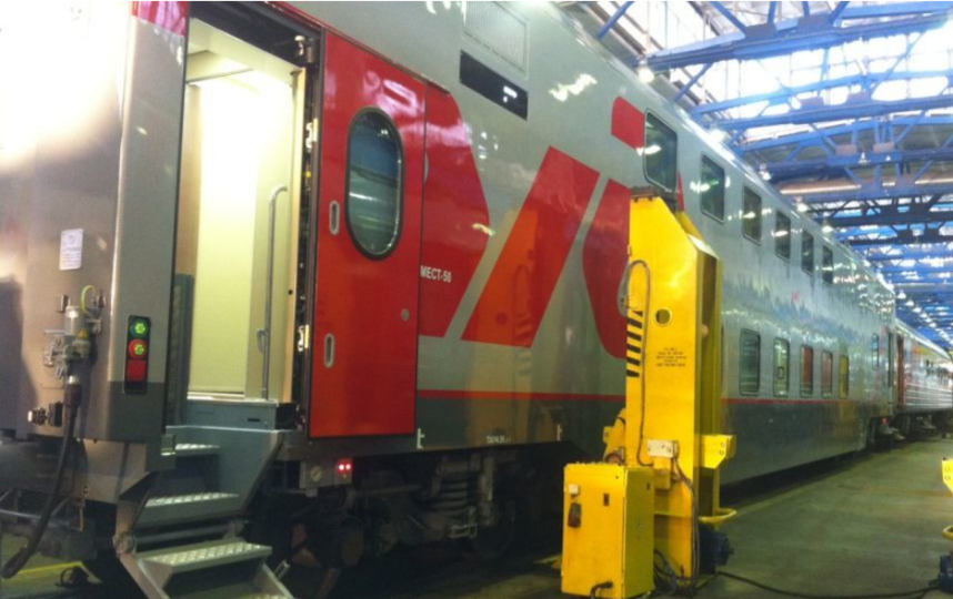 """На юг из Петербурга ходят двухэтажные поезда. Фото """"Metro"""""""
