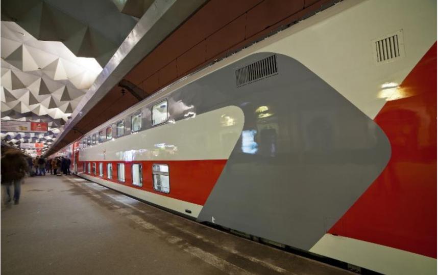 На юг из Петербурга ходят двухэтажные поезда.