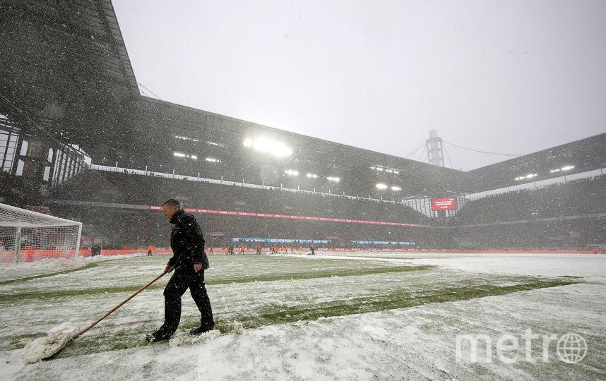 В Германии стадион в Кельне перед матчем в Бундеслиге. Фото Getty