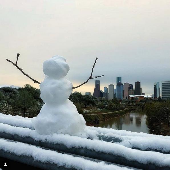 Самые странные и забавные снеговики в Instagram: Фото. Фото Скриншот Instagram: @gibsooon