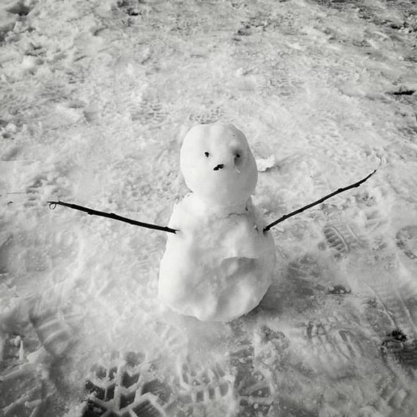 Самые странные и забавные снеговики в Instagram: Фото. Фото Скриншот Instagram: @mrndyr