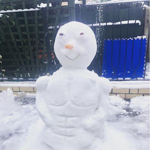 Самые странные и забавные снеговики в Instagram: Фото. Фото Скриншот Instagram: @corine.bodytherapist