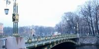 На мосты в Петербурге после ремонта не вернули замочки влюблённых