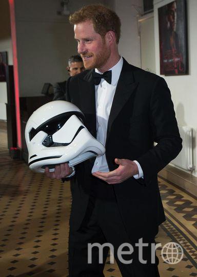 """Премьера 8 эпизода """"Звездных войн"""" в Лондоне. Принц Гарри. Фото Getty"""