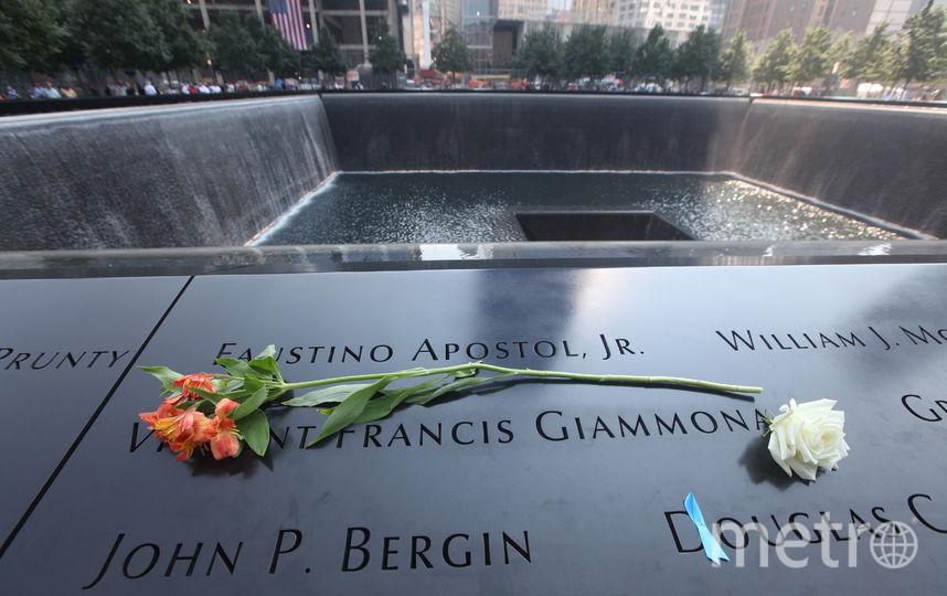 Мемориал рядом с местом трагедии. Фото Getty