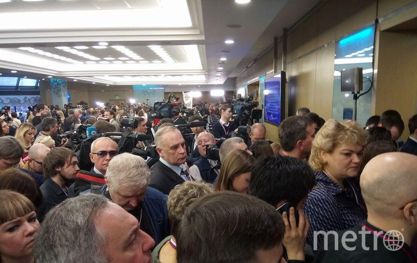 Михаил Зуб на пресс-конференции Путина в 2016 году. Фото https://www.facebook.com/photo.php?fbid=1047602602029778&set=pb.100003401457060.-2207520000.15132602
