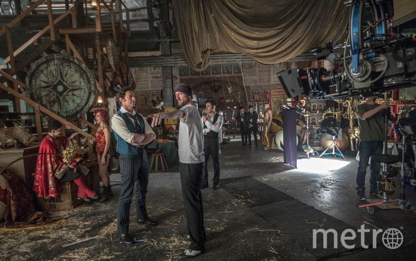 Съёмки мюзикла. Хью Джекман на съёмочной площадке. Фото Ben Watts/«Двадцатый Век Фокс СНГ»