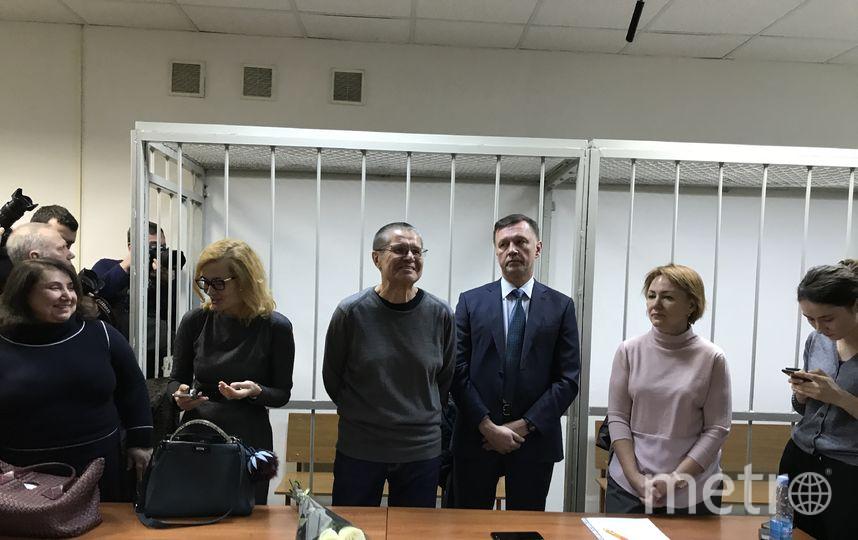 """Алексей Улюкаев в здании суда. Фото Мария Беленькая, """"Metro"""""""