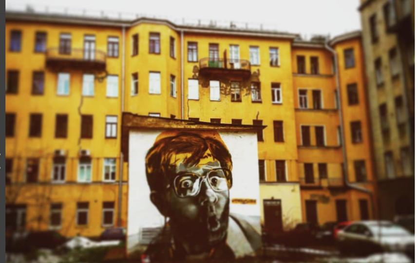 Новое граффити с Галустяном. Фото instagram.com/mikro.png