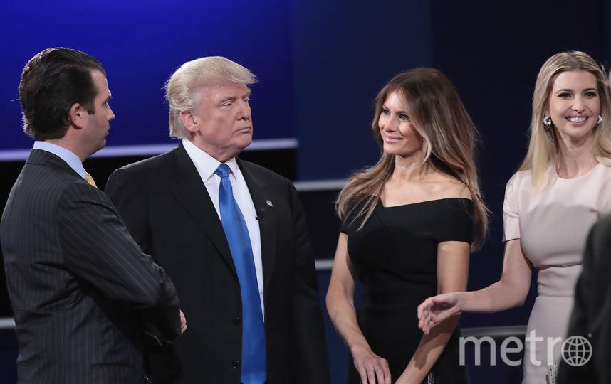 Дональд Трамп-младший, Дональд Трамп с супругой Меланией, Иванка Трамп. Фото Getty
