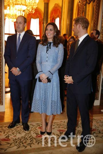 Принц Уильям, Кэтрин и принц Гарри на приёме на Всемирный день психического здоровья, Букингемский дворец, 10 октября 2017 года. Фото Getty