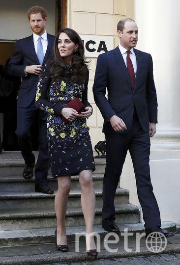 Принц Гарри, принц Уильям и Кэтрин после брифинга 17 января. Фото Getty