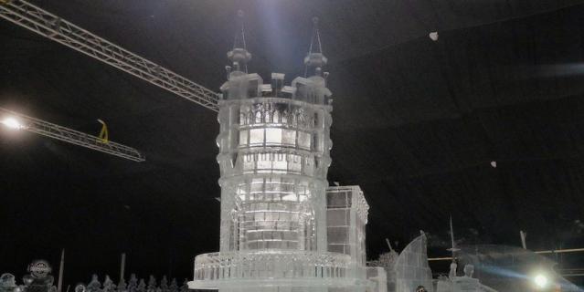 На фестивале ледовых скульптур в течение всего времени будет поддерживаться температура ниже нуля.