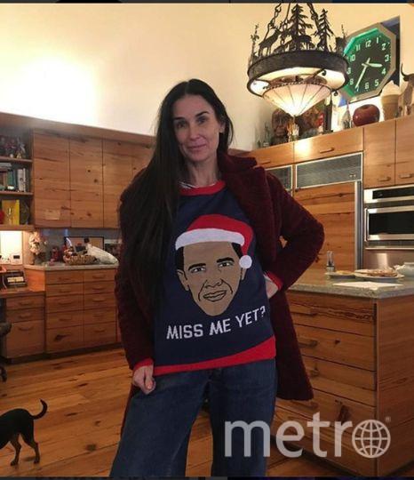 Деми Мур готова к рождеству. Фото https://www.instagram.com/buuski/