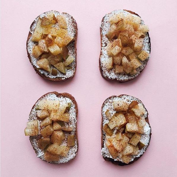 Сладкие бутерброды с грушей. Фото Скриншот Instagram: katerina_kg
