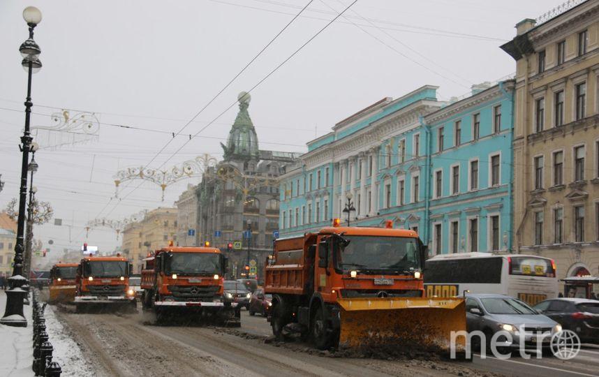 Дорожным службам довелось  усилиться из-за «беспрерывного снегопада»