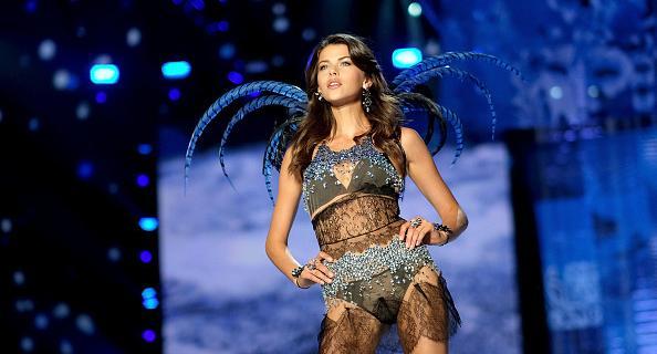 Модель Victoria's Secret Джорджия Фаулер.