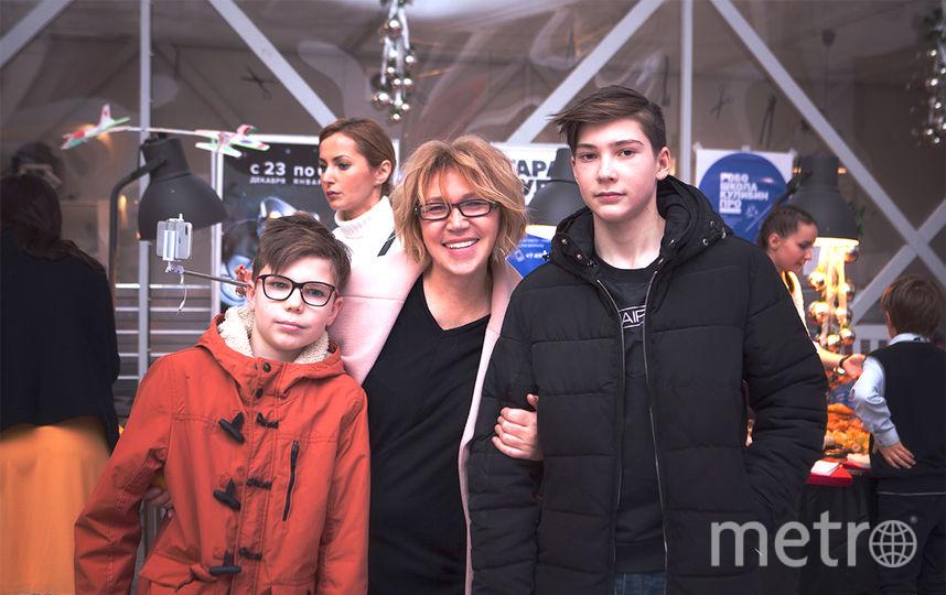 Яна Недзвецкая с внуками. Фото Предоставлено организаторами мероприятия.