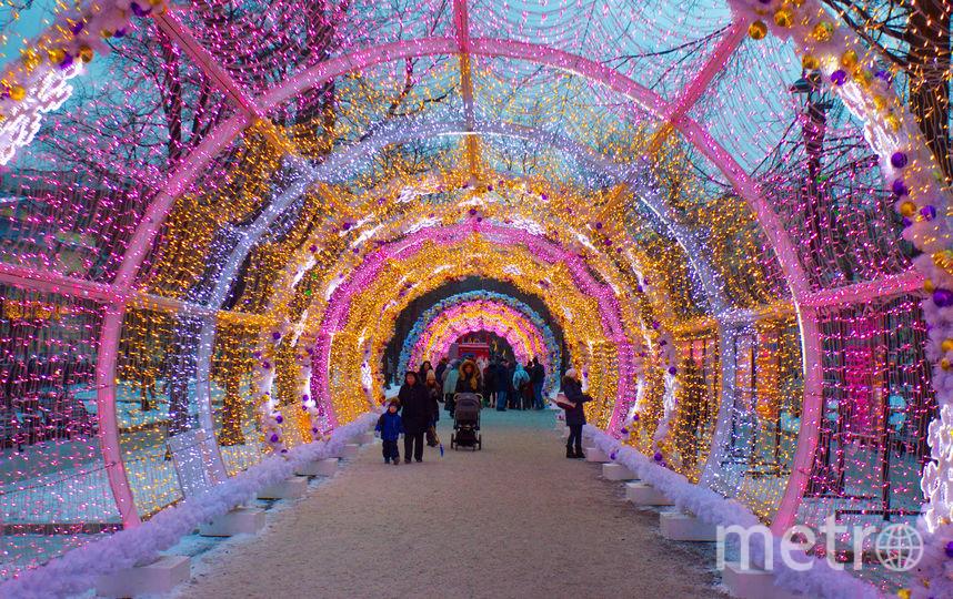 """В этом году """"Путешествие в Рождество"""" будет идти до 14 января на 79 площадках города. Фото Василий Кузьмичёнок, """"Metro"""""""