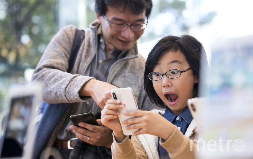 Пользователи регулярно сообщают о новых недостатках флагманского смартфона. Фото Getty