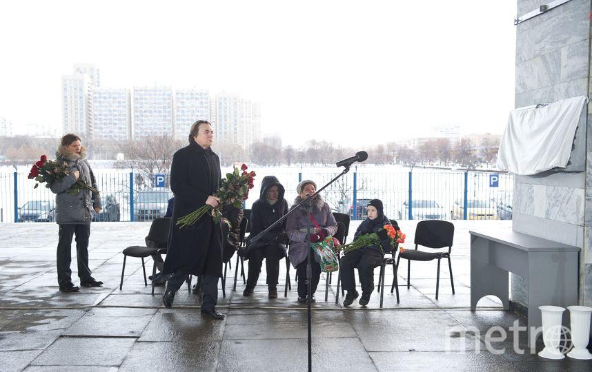 Константин Эрнст на открытии мемориала в память о погибших журналистах. Фото предоставлено Первым каналом