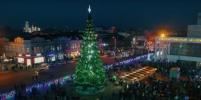 Видео ёлки, на которой власти Симферополя сэкономили 1 млн рублей, появилось в Сети