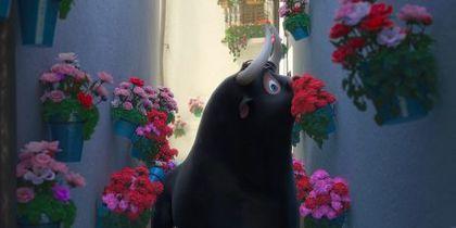 Фердинанд. Фото кадр из мультфильма.