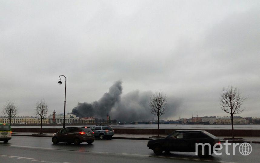Автобус сгорел 4 января. Фото ДТП и ЧП | Санкт-Петербург | vk.com/spb_today., vk.com