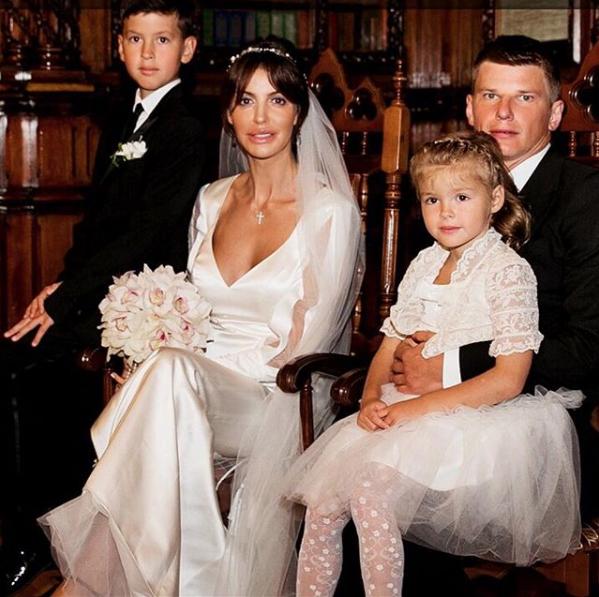 Андрей и Алиса Аршавины с детьми. Фото Скриншот Instagram: alisiaarshavina