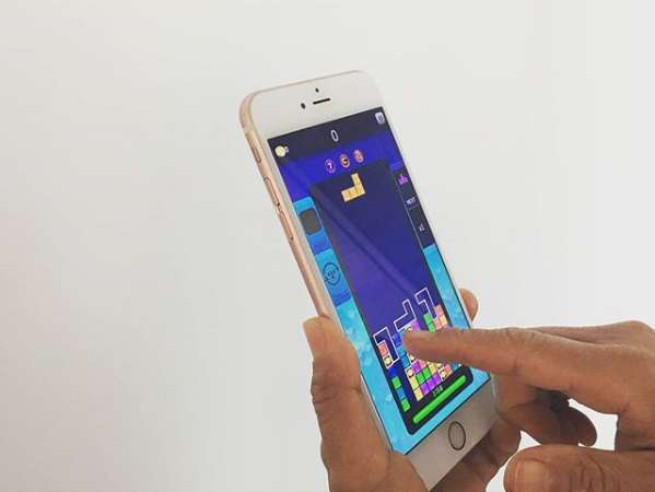 Тетрис на смартфоне. Фото Скриншот Instagram: tetris_official
