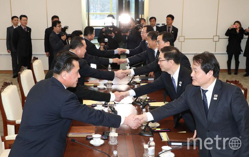 Переговоры в Пханмунджоме стали первым межкорейским саммитом на высшем уровне за два года. Фото AFP
