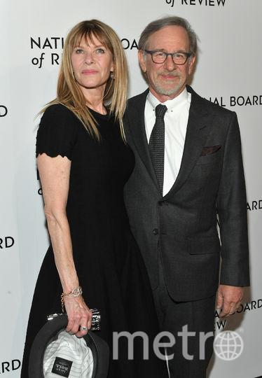 Звезды на National Board of Review Awards Gala. Стивен Спилберг с женой. Фото Getty