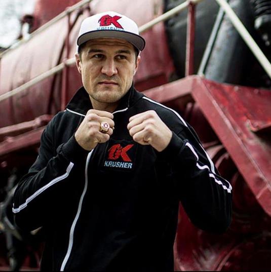 Сергей Ковалёв, российский боксёр. Фото www.instagram.com/sergeykrusherkovalev