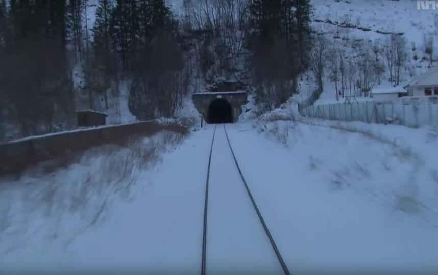 Скриншот из видео. Фото Train Driver's View, Скриншот Youtube