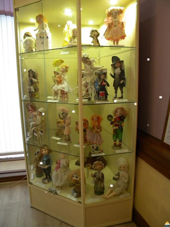В Петербурге открылась выставка кукол Ирины Медянцевой. Фото primcbs.ru