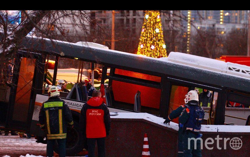 Въехавший в подземный переход в Москве автобус был исправен