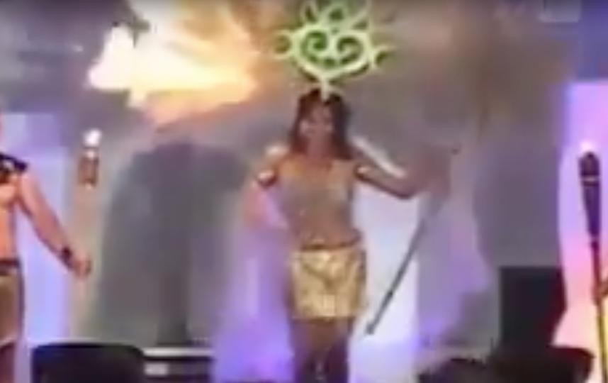 Выспуление на конкурсе красоты в Сальвадоре. Фото Скриншот Youtube