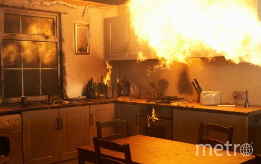 В Петербурге гость зарубил хозяина и поджег его квартиру. Фото Getty